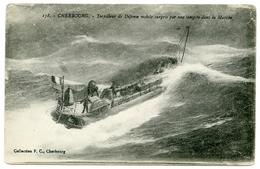50 : CHERBOURG - TORPILLEUR DE DEFENSE MOBILE SURPRIS PAR UNE TEMPETE DANS LA MANCHE - Cherbourg