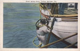 Florida Tarpon Springs A Sponge Diver Going Down - Etats-Unis