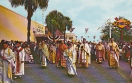 Florida Tarpon Springs Greek Epiphany Ceremony On Way To Spring Bayou - Etats-Unis