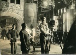 France Opérateur Photographique Dans Une Eglise? Ancienne Photo 1930 - Photographs