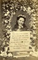 Grand Bretagne Yes Here Is My Album Premiere Carte Ancienne Photo CDV 1880 - Alte (vor 1900)