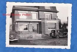 Photo Ancienne Snapshot - BIHOREL - Belle Maison à Situer - 1936 - Architecture Building Auto Automobile - Automobiles