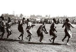 Afrique Du Sud Pietermaritzburg Visite Du Prince De Galles Femmes Indigenes Ancienne Photo 1920's - War, Military