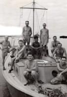 Nouvelle Guinee WWII Troupes RAAF Recuperateurs D'Epaves D'Avion Ancienne Photo De Presse 1943 - War, Military