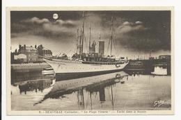 Deauville * ''La Plage Fleurie'' * Yacht Dans Le Bassin - Deauville
