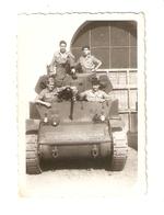 """FO--00054-- FOTO ORIGINALE-CARRO ARMATO LEGGERO TIPO """" STUART """" TONNELLATE 17-MILITARI ITALIANI ANNO 1948 - Veicoli"""