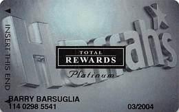 Harrah's Casino Multi-Property - TR Platinum Slot Card @2001 Without Signature Strip - Casino Cards