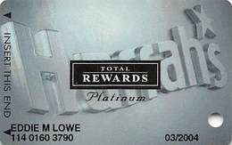 Harrah's Casino Multi-Property - TR Platinum Slot Card @2002 - Casino Cards