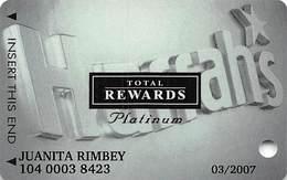 Harrah's Casino Multi-Property - TR Platinum Slot Card @2003 With Signature Strip - Casino Cards