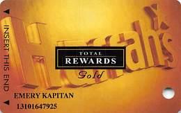 Harrah's Casino Multi-Property - TR Gold Slot Card @2003 With 5 Casino Logos - Casino Cards