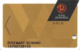 Harrah's Casino Multi-Property - TR Gold Slot Card @2017 With LVC4-00266583B - Casino Cards