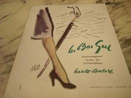 ANCIENNE PUBLICITE HAUTE COUTURE LES BAS GUI 1950 - Affiches