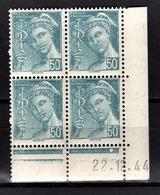 FRANCE 1942 - BLOC DE 4 TP  Y.T. N° 549 COIN DE FEUILLE / DATE   - NEUFS** - Neufs