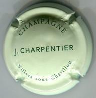 CAPSULE-CHAMPAGNE CHARPENTIER J. N°11 Fond Vert Pâle & Vert - Champagne