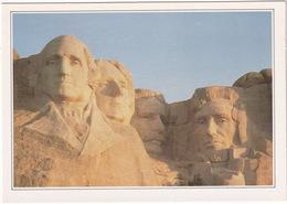 Mount Rushmore - De Hoofden Van De Vier Presidenten - Mount Rushmore - Heads Of Four Presidents - (USA) - USA Nationale Parken