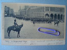 IEPER : La Revue Grand'place En 1901 - Ieper