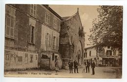 Sorges Place De L'église (pub Tracteur Renault) - France