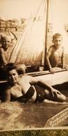 Soviet Life - Petit Garçon Nu - Little Boy - Vintage Photography Circa 1965 Old USSR Photo - Personnes Anonymes
