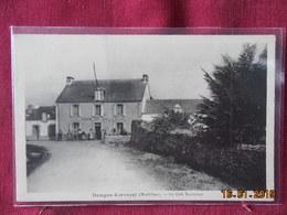 CPA - Damgan-Kervoyal - Le Café Terminus - Damgan