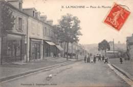 58 - Nièvre / La Machine - 20510 - Place Du Marché - La Machine