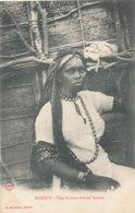 A M 213 /  C P A - DJIBOUTI -  TYPE DE JEUNE FEMME SOMALIS - Gibuti
