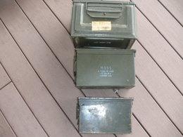 3 Caisses A Munition /2 Francaises Et Une Americaine Pour Fusees D Artillerie - Armes Neutralisées