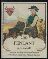 Rare // Etiquette De Vin // Costume Traditionnels // Fendant, Costume De Savièse - Costumes Traditionnels