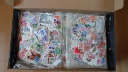 Tütenposten Mit 1600 Gramm Alle Welt - Briefmarken