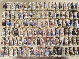 Fèves , Lot De 132 Personnages / Pays / Régions : Alsace / Italie / Angleterre / Irlande Etc...... - Pays
