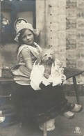 CPA Suisse  * Enfant Et Son Chien * - Portraits