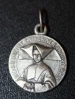 """Beau Pendentif Médaille Religieuse """"Sainte Catherine Labouré / Paris"""" Religious Medal - Religion & Esotericism"""