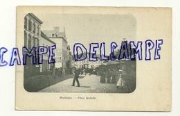 Montaigu. Place Isabelle. Jour De Marché. Hôtel Toison D'Or. Animée - Scherpenheuvel-Zichem