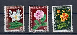 NIGER 1965 - FLORA - FIORI   - SERIE COMPLETA  - MNH ** - Corée Du Sud
