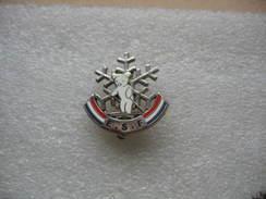 Broche De L'Ecole Du Ski Francais (ESF). Médaille Ourson, Jardin D'enfants - Sports D'hiver