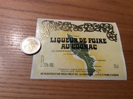 Etiquette «LIQUEUR DE POIRE AU COGNAC - VIDEAU PÈRE ET FILS - ST-PIERRE D'OLERON (17)» (carte île D'Oleron) - Etiquettes