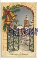 Bonne Année. Portail Et Cloches Dans La Neige. Eglise, Houx, Sapin. Coloprint 53803 - Nouvel An