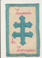 CARTE BRODEE MILITAIRE SOUVENIR DE LORRAINE  CROIX - Patriottisch