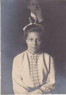 Photo Anonyme Vintage Snapshot Femme Woman Portrait Smart élégance Grimace Gag - Personnes Anonymes