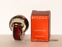 Miniatures De Parfum  OMNIA De  BULGARI    Eau De Parfum  5 Ml + Boite - Miniatures Modernes (à Partir De 1961)