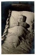 Carte Photo Mortuaire - Bébé - Post-mortem - Défunt - Photographe Maurice Lontie - 1947 - Voir Scans - Personnes Anonymes