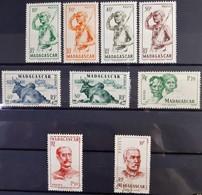 MADAGASCAR - N°300-301-302-303-304-305-307-308-315 - 8 Neuf SANS Charnière ** / MNH Et 1 Oblitéré (o) - Madagascar (1889-1960)
