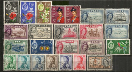 Années 1950's FIJI,  Lot De 24 Beaux Timbres Des Iles FIDJI, Oblitérés, 1 ère Qualité.   Côte 30 Euro - Fidji (1970-...)
