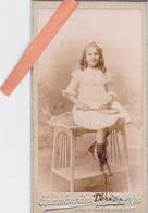 PHOTO ORIGINALE 1902-Jolie FILLETTE Avec Sa RAQUETTE (THERESE)-PETITE CDV-Dim. 8cm X 4,5cm-PHOTO CHAMBERLIN Paris - Foto