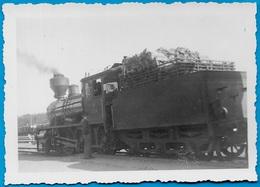 PHOTO Photographie Amateur - LOCOMOTIVE Modèle 528 ** Train Chemin De Fer Ferroviaire - Trains
