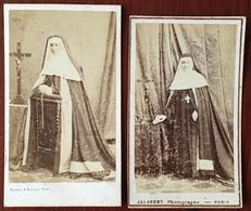 2 CDV. Religieuse. Religieuses. Photographes Jalabert Et Bayard & Bertall à Paris. - Old (before 1900)