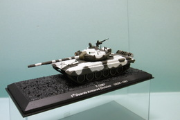 Altaya - CHAR TANK Russe T-72M1 1st Guards Amored Division USSR 1981 BO 1/72 - Chars