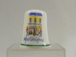"""Dé A Coudre Porcelaine De Collection """"Martinique"""" - Dés à Coudre"""