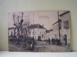 BAGAS (GIRONDE) UN COIN DE LA PLACE. - France
