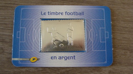 Sport - Le Football - Autoadhésif - Gravure à Chaud Argent Et Gaufrage - Sous Blister - N° 430 - Année 2010 - Neuf** - Blocs & Feuillets
