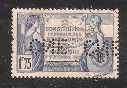 Perforé/perfin/lochung France No 357  CNE  Comptoir National D'Escompte (310) - France